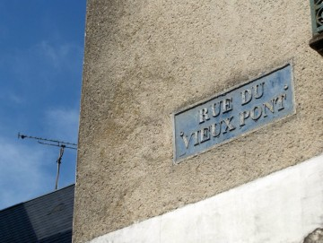 medium_Rue_du_Vieux_Pont.JPG